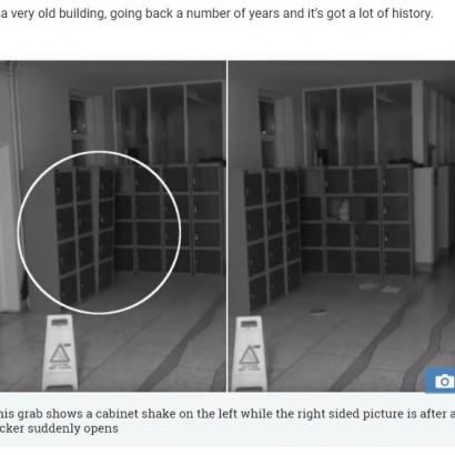 【海外発!Breaking News】監視カメラが捉えた深夜の学校で起こった怪現象(アイルランド)<動画あり>