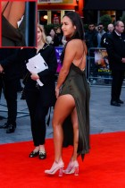 【イタすぎるセレブ達】英女子プロテニス選手ヘザー・ワトソン、大胆ドレスでポーズも後ろ姿が…