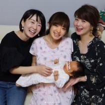 【エンタがビタミン♪】紺野あさ美、テレ東の先輩アナ・狩野恵里や秋元玲奈に娘を抱っこされ「嬉しいです」