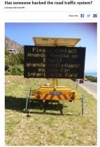 【海外発!Breaking News】電光掲示板がハッキング? 道路案内に「遺産のことでメールして」(南ア)