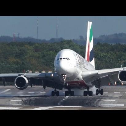 【海外発!Breaking News】強風に煽られるなか無事着陸 エミレーツ航空のパイロットに「神業」の声<動画あり>