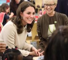 【イタすぎるセレブ達】キャサリン妃、エリザベス女王がダイアナ妃に貸した超豪華なチョーカーを着用 真珠は日本からの贈り物!