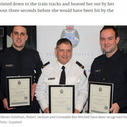 【海外発!Breaking News】酔って線路に落ちた女が「助けて」 メルボルンの駅で間一髪の救出劇<動画あり>