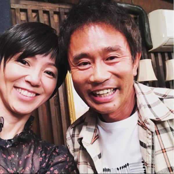 渡辺満里奈と浜田雅功(画像は『marinawatanabe 2017年11月2日付Instagram「心地よい疲労感を感じながら、キャンプから帰宅。」』のスクリーンショット)