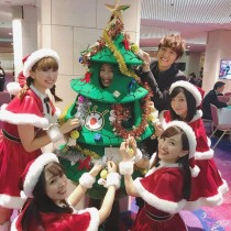"""【エンタがビタミン♪】ももクロ 『FNS歌謡祭』での""""クリスマス""""バージョンに「れにちゃんのサンタ姿も見たかった」の声"""