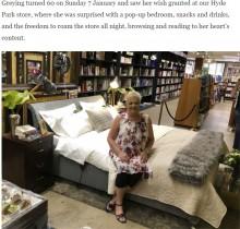 【海外発!Breaking News】読書好きの女性、60歳誕生日にブックショップから最高のプレゼント(南ア)