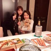 【エンタがビタミン♪】多岐川裕美&華子の母娘2ショット 「料亭のよう」な正月料理に注目集まる