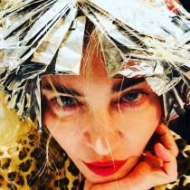 【イタすぎるセレブ達】マドンナ、トップレス写真公開に「怖い」「美しい」ファンの声が真っ二つ プチ整形疑惑も