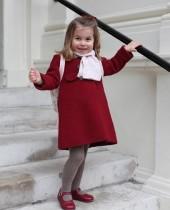 【イタすぎるセレブ達】シャーロット王女が初登園 ファッションも超キュート!