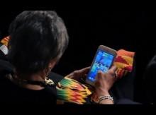 【海外発!Breaking News】トランプ大統領の一般教書演説中にゲームやメール スマホ姿を激写された議員たち