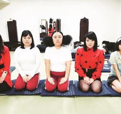 """【エンタがビタミン♪】ブルゾンちえみ """"女芸人5ショット""""で問いかけ「選べないでしょ?」"""