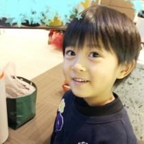 【エンタがビタミン♪】市川海老蔵の長男・勸玄くんの写真に反響「麻央さんにしか見えません」