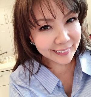 【エンタがビタミン♪】小川菜摘、黒髪にイメチェン 「一瞬、安室ちゃんに見えた」の声も