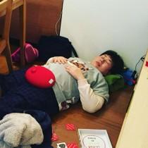 【エンタがビタミン♪】大島美幸、床で熟睡する姿に「自然体で微笑ましい」「めっちゃラブリー」の声