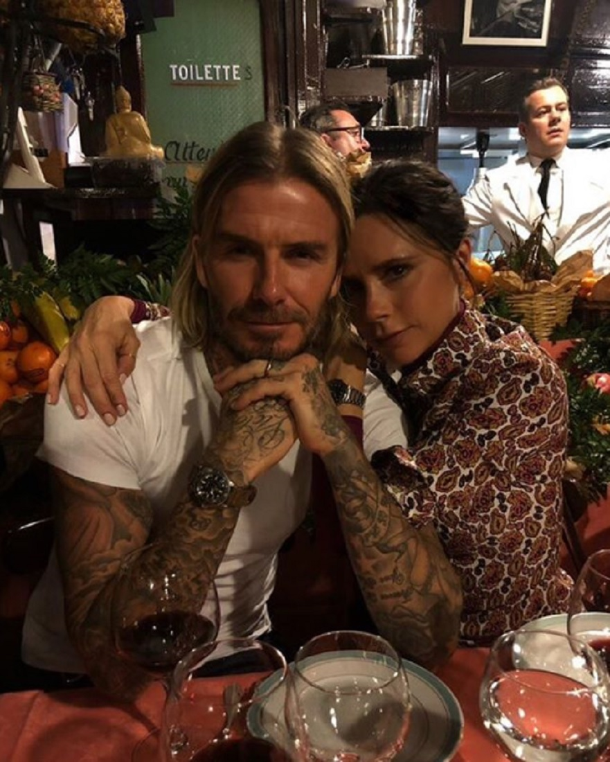 夫婦仲は良さそうなのだが…(画像は『Victoria Beckham 2018年1月18日付Instagram「Kisses from Paris x」』のスクリーンショット)