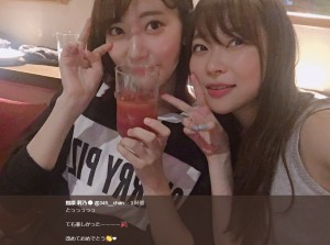 【エンタがビタミン♪】指原莉乃&宮脇咲良 グラスを傾ける姿にファン「どっちが勝った?」