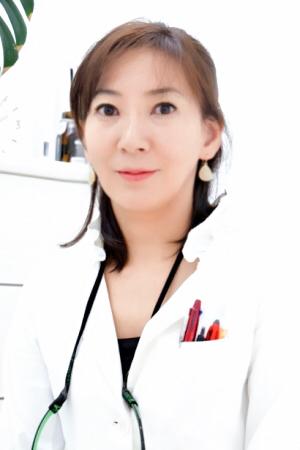 たまきデンタルクリニックの牛田環先生