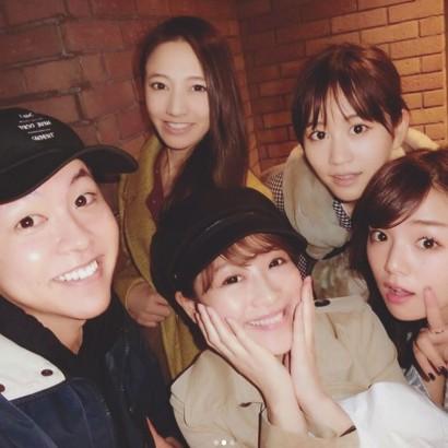 【エンタがビタミン♪】篠崎愛の誕生日会で前田敦子、鈴木奈々らが集合 美肌メンバーばかりに驚きの声