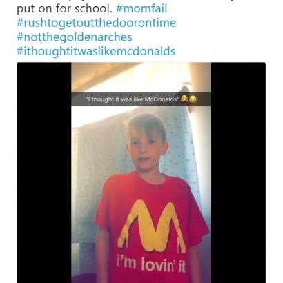 【海外発!Breaking News】セクシーなマクドナルドのパロディTシャツを着て登校してしまった小学生(米)