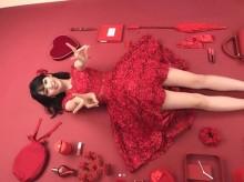 【エンタがビタミン♪】道重さゆみ『SAYUMINGLANDOLL~宿命~』CDのオフショットがまるで「お人形」