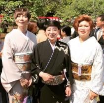 【エンタがビタミン♪】安倍首相主催の「桜を見る会」で 美川、IKKO、ミッツの迫力3ショット