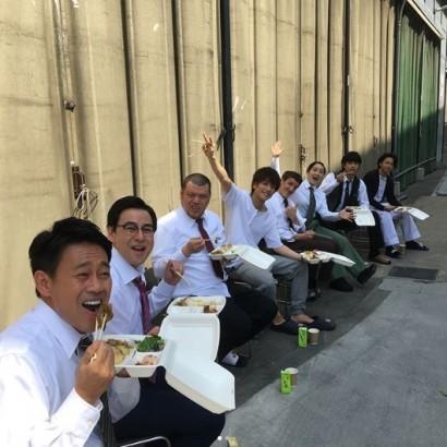 【エンタがビタミン♪】宮川大輔に野性爆弾くっきーも 『崖っぷちホテル!』収録現場が楽しそう