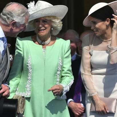 【イタすぎるセレブ達】チャールズ皇太子の誕生日祝賀イベントでカミラ夫人、メーガン妃と爆笑する姿も