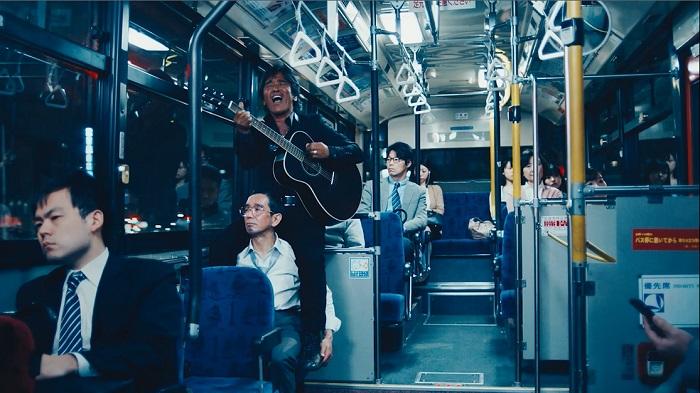 バスの中にまでついてきた松崎しげる