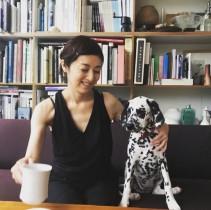 【エンタがビタミン♪】高岡早紀、愛犬と初めてのお出かけ 「ダルメシアン、さきさんにピッタリ」の声