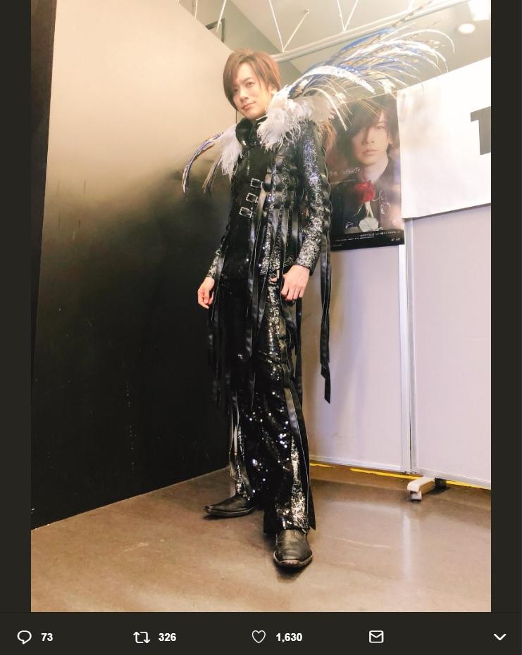 "DAIGOが久々の""DAIGO☆STARDUST""姿に(画像は『DAIGO 2018年6月17日付Twitter「SHIBUYA TSUTAYAでのリリイベ終了しました!」』のスクリーンショット)"