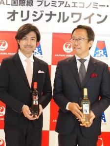 マスターオブワインの大橋健一氏(右)とワインテイスターの大越基裕氏