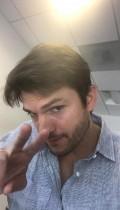 【イタすぎるセレブ達】アシュトン・カッチャー、薄毛の悩みを吐露「25歳で気づいた」