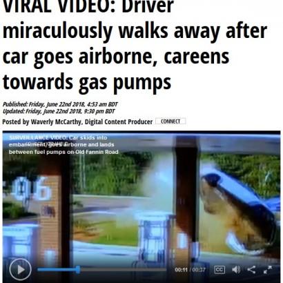 【海外発!Breaking News】飲酒運転の車が空中回転してガソリンスタンドに激突(米)<動画あり>