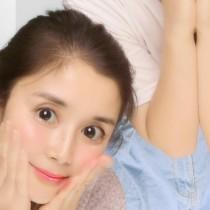 【エンタがビタミン♪】石田ひかり、中学生の娘とプリクラを楽しむ 「またママとも遊んでね」に共感も