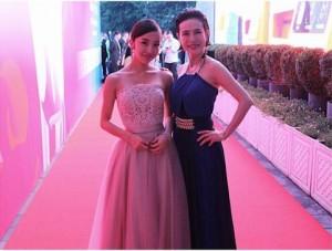板野友美と久本雅美(画像は『板野友美 2018年6月17日付Instagram「久本さんと」』のスクリーンショット)