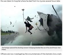 【海外発!Breaking News】シートベルト装着せず居眠り運転か 衝撃的な事故の瞬間(タイ)<動画あり>