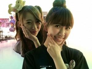 大黒柚姫と玉井詩織(画像は『大黒柚姫 2018年6月7日付Instagram「今日は#フォーク村 に出演させていただきました」』のスクリーンショット)