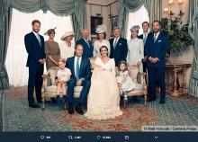 【イタすぎるセレブ達】ルイ王子洗礼式の写真を英王室が公開<その1>キャサリン妃の美しさに称賛の声 メーガン妃には批判も
