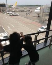 【エンタがビタミン♪】東原亜希、ひとりで小学生2人と双子を連れてグアムへ そのガッツに「本当に尊敬です」