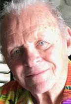 【イタすぎるセレブ達】アンソニー・ホプキンス、アルコール依存症を克服できたのは「信仰心のおかげ」