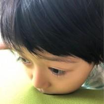 【エンタがビタミン♪】市川海老蔵の長男・勸玄くん、長い睫毛が「麻央さん、そっくり」と反響