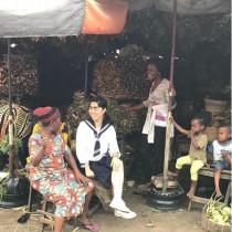 【エンタがビタミン♪】イモトアヤコ、異国の市場で談笑する姿にファン「馴染んでる~」