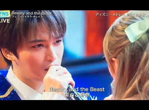 『Beauty and the Beast』をデュエットするジェジュン(画像は『Kim Jae Joong 金在中 ジェジュン 2018年7月26日付Instagram「楽しかったです☆」』のスクリーンショット)