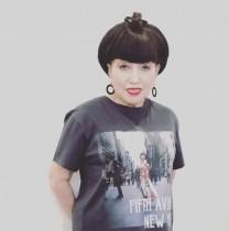 """【エンタがビタミン♪】黒柳徹子""""40年ぶり""""のTシャツ姿にファン驚き「レア感半端ない!」"""