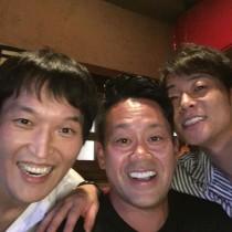 【エンタがビタミン♪】宮川大輔、千原ジュニア、陣内智則 3ショットにファン「みんな結婚して幸せそう」