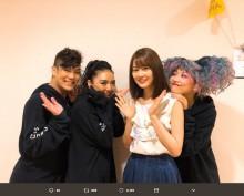 【エンタがビタミン♪】宮澤佐江、出演ミュージカルを生田絵梨花が観劇 舞台裏ショットに「なんだこのメンツ」