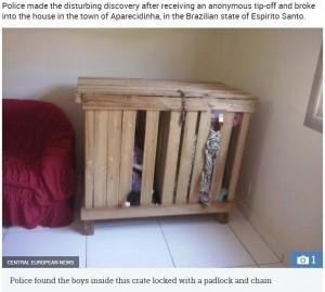 【海外発!Breaking News】仕事に出ている間、3歳双子を狭い木箱に閉じ込めていた両親(ブラジル)