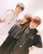 【エンタがビタミン♪】渡辺美奈代、息子2人との仲良しショットに羨望の声「こんな風に撮らせてもらえない」