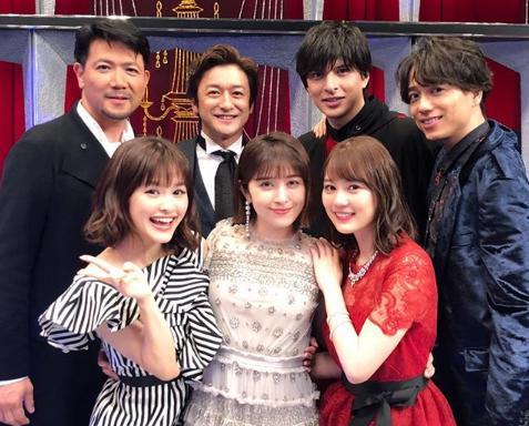 ミュージカルメドレーに出演したメンバー(画像は『山崎育三郎 2018年7月25日付Instagram「はぁ。こんな日が来るとは。」』のスクリーンショット)