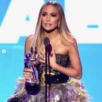 【イタすぎるセレブ達】ジェニファー・ロペス『MTV VMA』で圧巻のステージ 恋人に愛の言葉も